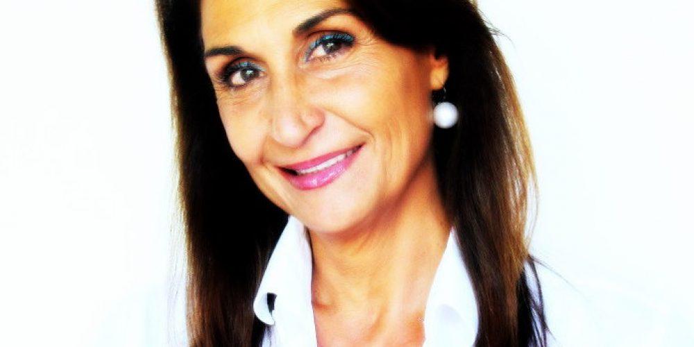 """Elena Cascante en el programa """"Palabras Mayores"""" habla sobre Baby Boomers"""